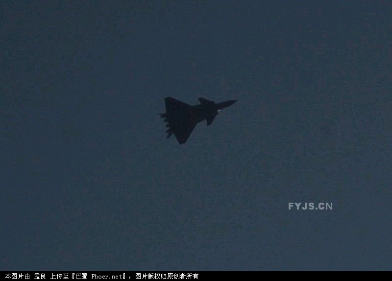 中国 隐形战机/中国歼/20隐形战机首飞成功历时18分钟