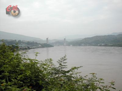 高速公路 金沙江/攀西高速公路的金沙江大桥(建设中)
