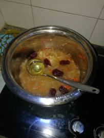 老婆第一次做银耳汤