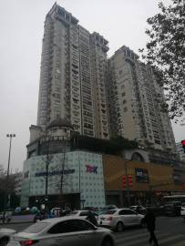 2020年1月17日中午新南门街景