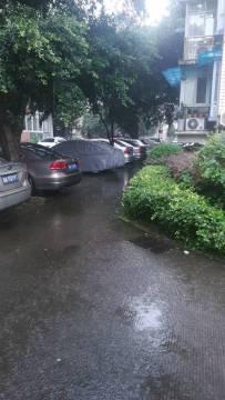 今天下大暴雨了