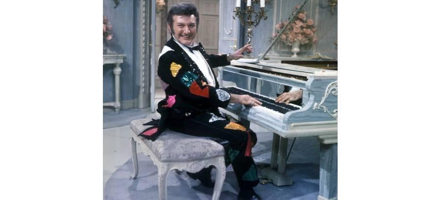 媚俗之王:钢琴家李伯拉斯