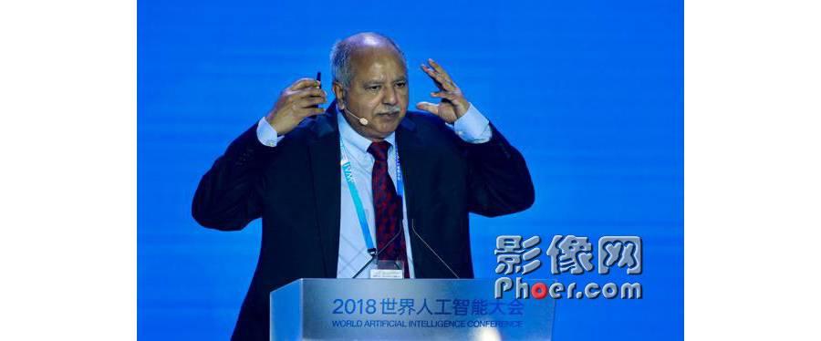 首位亚裔图灵奖得主:人工智能将消弭战争